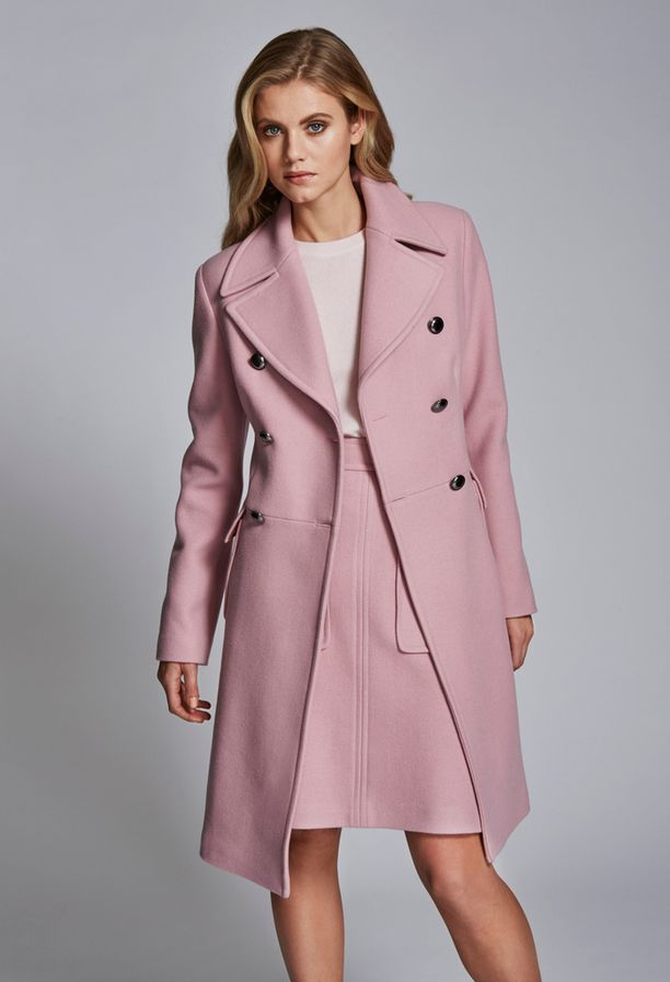 Jacket Ceri hinta 409e, Skirt Lene 55 hinta 179e