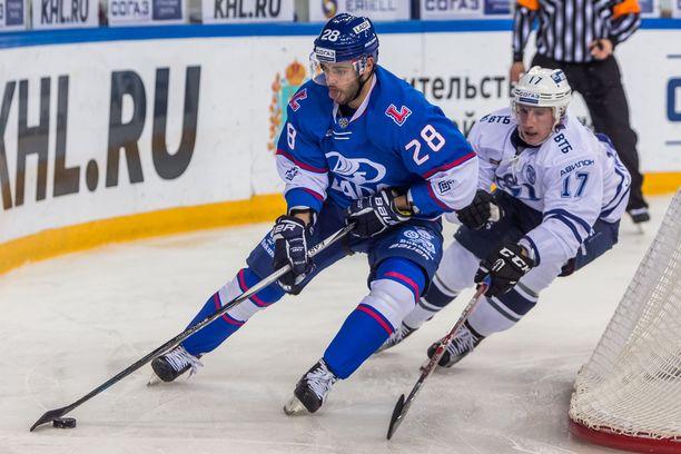Muun muassa Lada Toljatti oli yksi Nikita Filatovin (vasemmalla) edustamista venäläisseuroista.