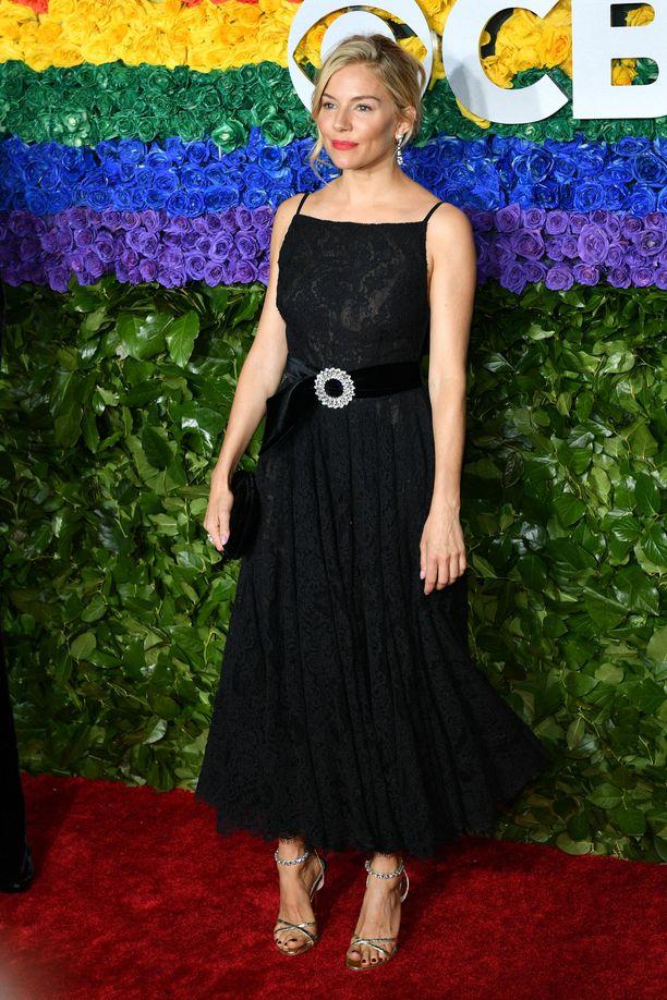 Tony Awards-gaalan puvussa on ihanan nostalginen malli.