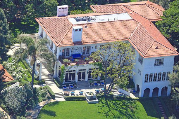 Angelina Jolien uusi koti sijaitsee aivan Brad Pittin naapurissa.