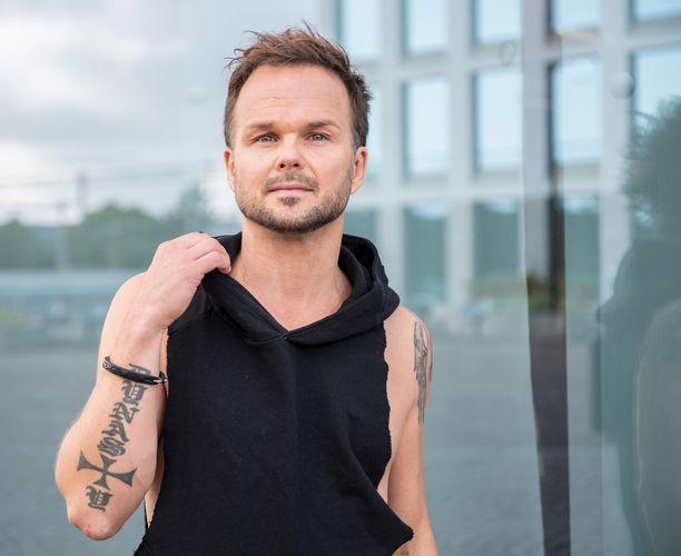 Lauri Ylönen oli The Rasmuksen aloittaessa vain 15-vuotias.