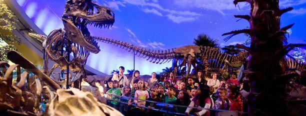 Indianapolisissa dinosauruksia esitellään varsinkin lapsiin vetoavalla tavalla.
