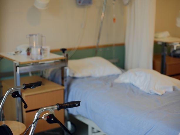 73-vuotias Rea Malmstén heräsi yöllä epämiellyttävään yllätykseen. Kuvituskuva.