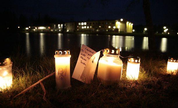 Jokelan koulusurmat tapahtuivat 7. marraskuuta 2007 Tuusulan Jokelassa sijaitsevassa koulukeskuksessa.