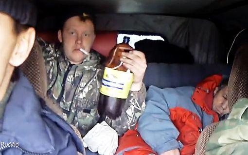 Pojat on poikia - venäläisen äijäporukan ajovideo hauskuuttaa maailmalla