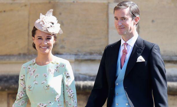 Pippa ja James saapumassa prinssi Harryn ja herttuatar Meghanin häihin. Valokuva toukokuulta 2018.
