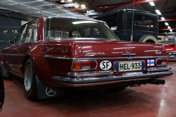 Urpo Lahtisen pojan Jeppe Lahtisen omistuksessa oleva auto on museomestarin mukaan gallerian arvokkain auto.