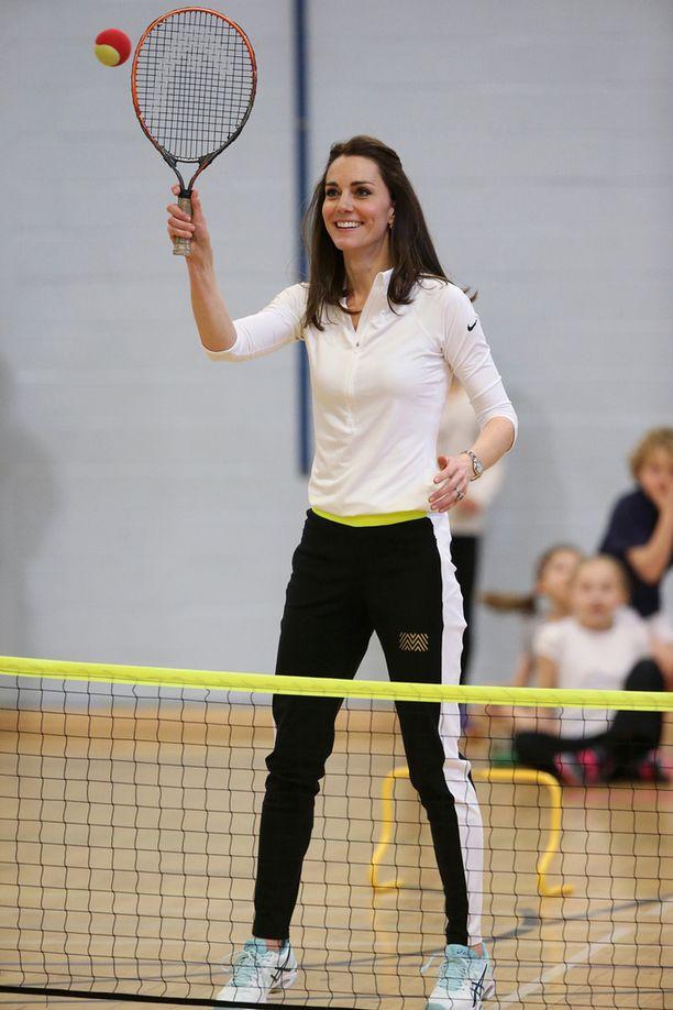 Kate kertoi, että on pelannut tennistä enemmän ennen lastensa syntymää.