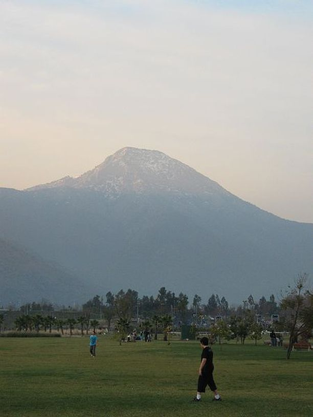 Manquehue sijaitsee Santiagon koillispuolella.