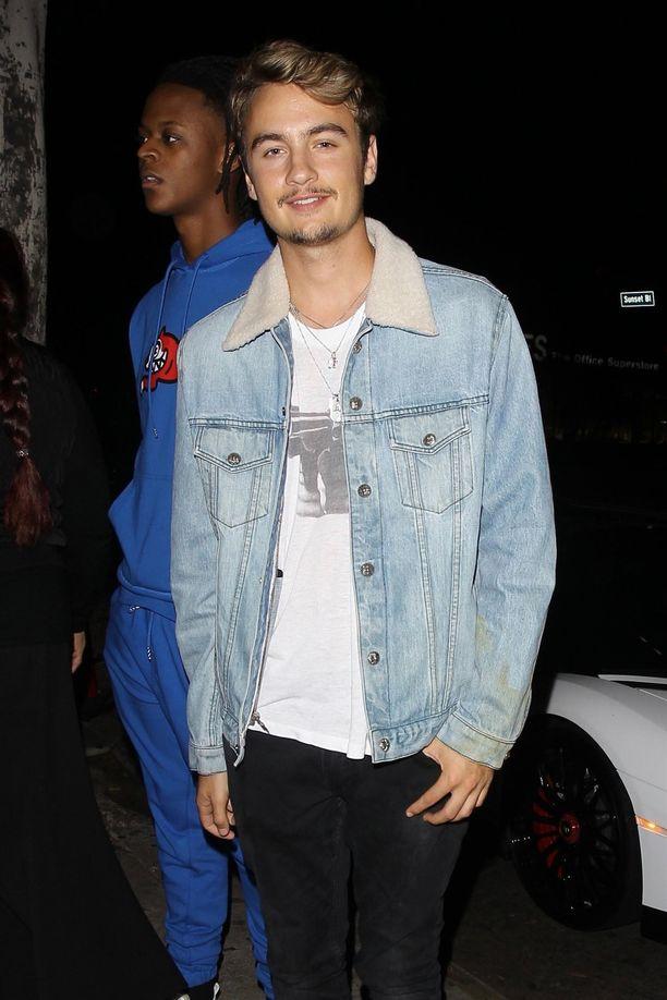 Brandon Lee on Tommy Leen ja Pamela Andersonin 22-vuotias poika.