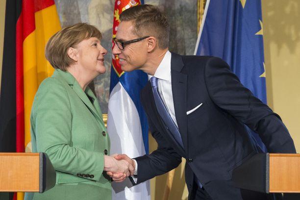 Liittokansleri Angela Merkel tapasi Aleksander Stubbin keväällä 2015 Stubbin toimiessa pääministerinä.