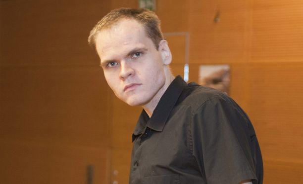 Markus Pönkä kuvattuna käräjäoikeudessa vuonna 2011.