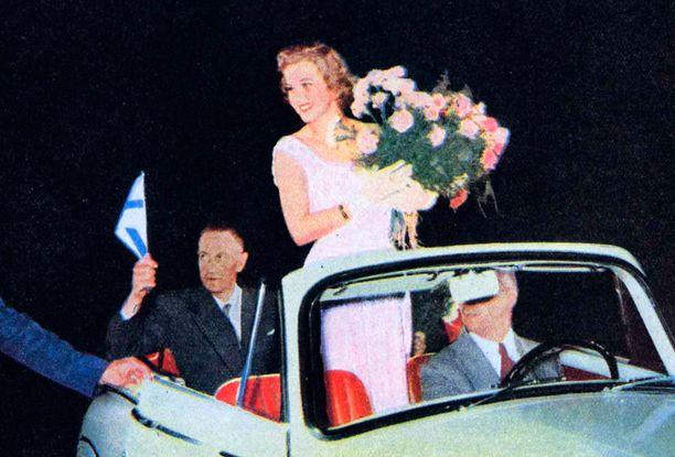 Armi sai Suomessa juhlavan vastaanoton.