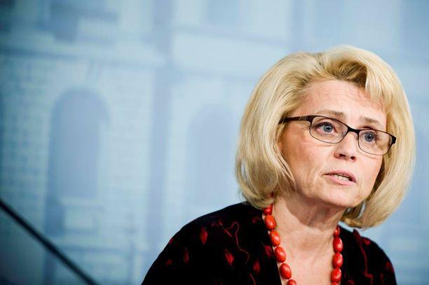 Entisen sisäministerin Päivi Räsäsen mukaan verkkotiedusteluun liittyvät pelot ovat turhia.