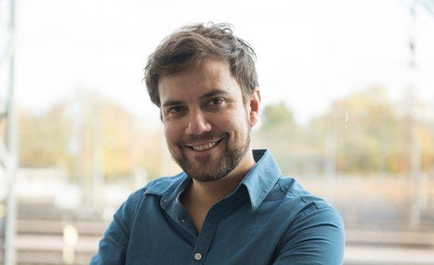 Antti Ketonen nähdään myös Tähdet, tähdet -ohjelmassa.