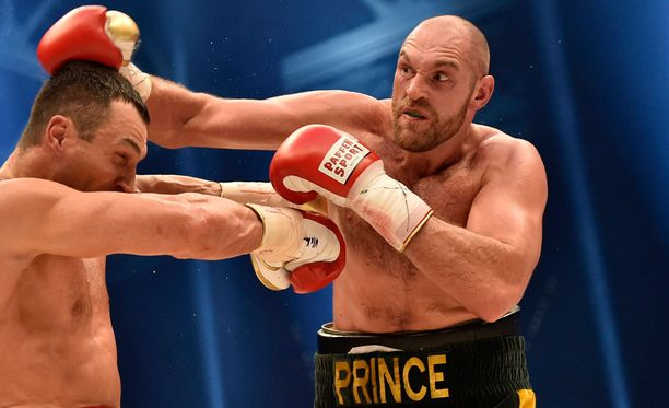 Tyson Fury, 28, on vaarassa menettää raskaan sarjan mestaruusvyönsä.