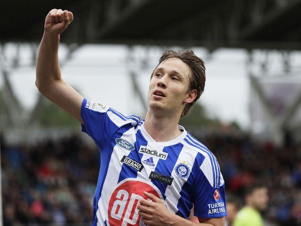 HJK:n Lassi Lappalainen oli loistavassa vireessä, päästen tuulettamaan kahdesti maaliaan HB Torshavnia vastaan.