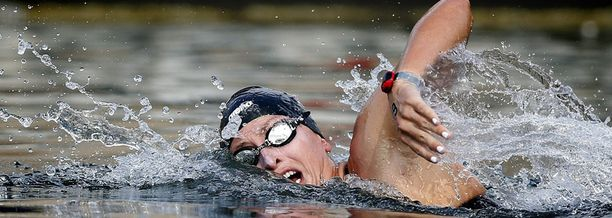 Haley Danita Anderson ui kultaa Barcelonassa.