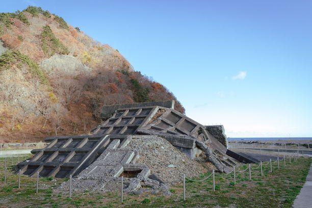 Fukushiman ydinvoimalaonnettomuus, maanjäristykset ja tsunami vuonna 2011 jättivät merkittävät jäljet Japaniin ja maan yhteiskuntaan.