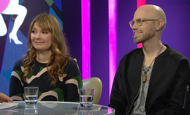 Laulaja Irina on kahden lapsen äiti.
