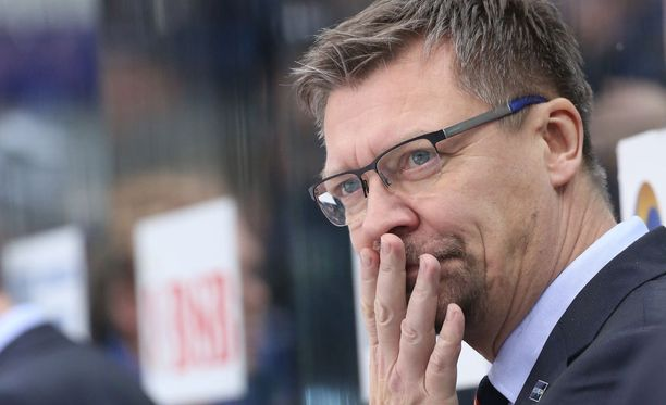 Jukka Jalonen antoi kymppitonnin edestä tuomaripalautetta.