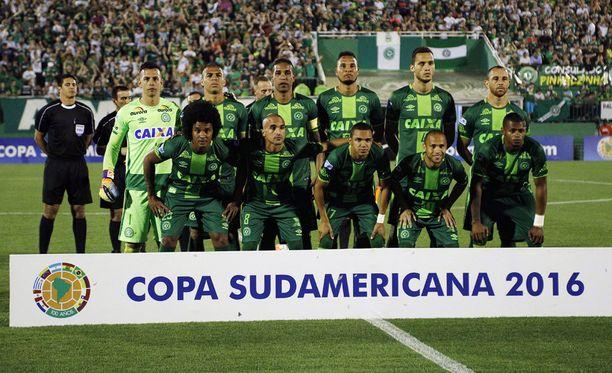 Chapecoense julistettiin Copa Sudamericanan mestariksi.