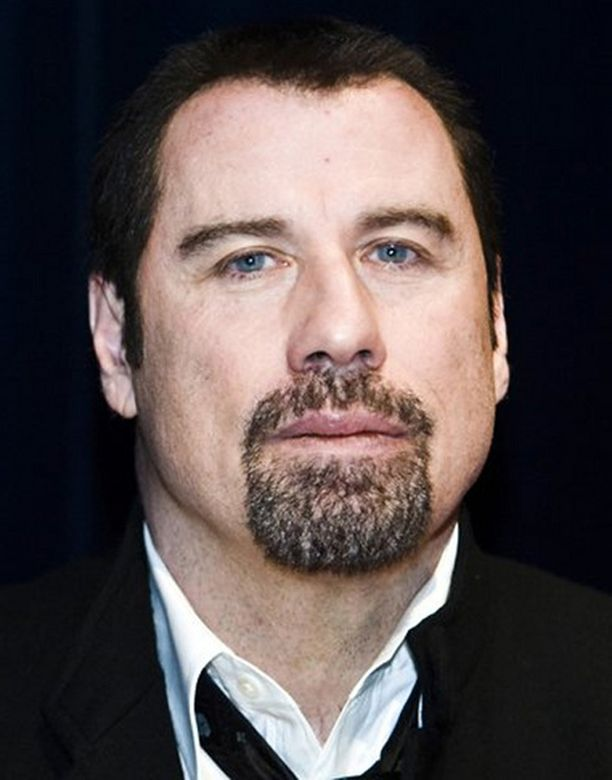 John Travoltaa yritettiin kiristää surun keskellä.
