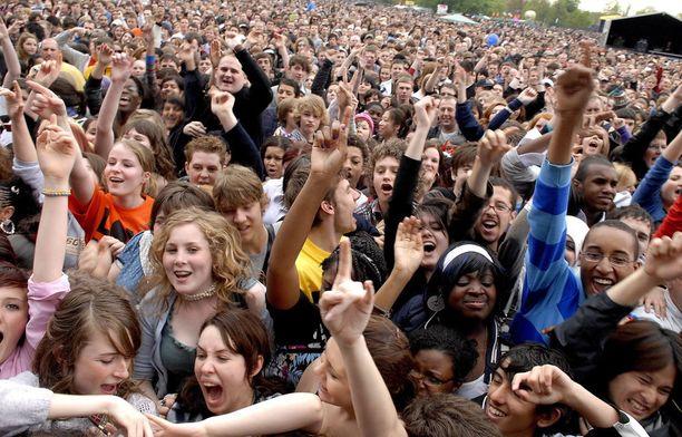 Vuonna 2008 Lontoossa järjestettiin iso rasisminvastainen konsertti Rock Against Racism -hengessä.