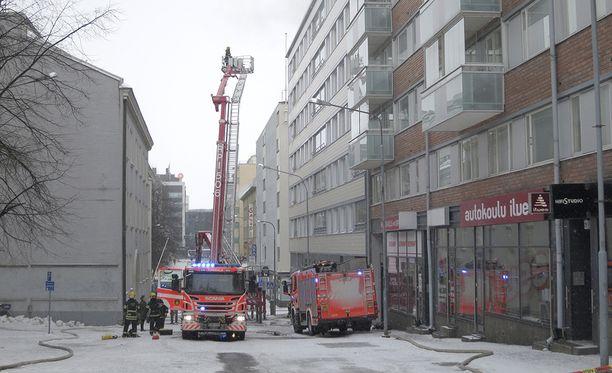 Tampereella syttyi tulipalo varhain tiistaiaamuna. Hälytys tuli naapuritalosta hätäkeskukseen kello 05.15.