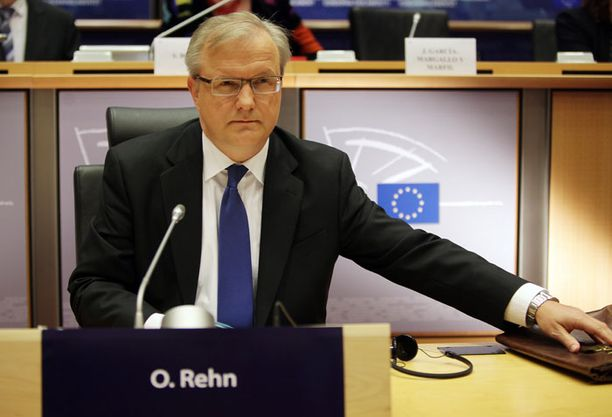 TUTUISSA KÄSISSÄ Olli Rehniä talouskomissaarin tehtävässä avustaa kabinettipäällikkönä jo vuodesta 2004 toiminut Timo Pesonen.