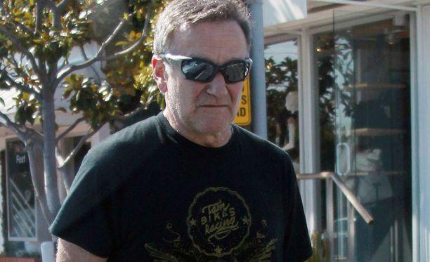 Robin Williamsilla oli paha alkoholiongelma.