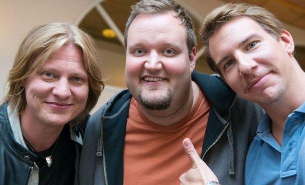 Jaajo Linnonmaa, Sami Hedberg ja Aku Hirviniemi ovat Luokkakokous-elokuvan tähdet.