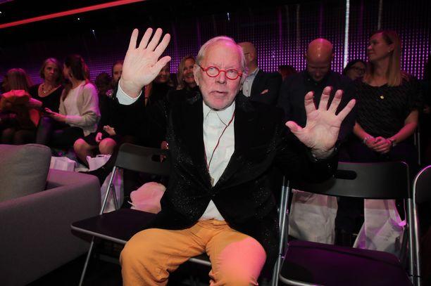 Ristomatti Ratian tanssikoreografioista muistetaan etenkin hänen kätensä, joiden käyttö ei aina ollut tuomareiden mieleen.