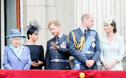 Kuningatar Elisabet II kutsuu prinssi Harryn ja herttuatar Meghanin Englantiin