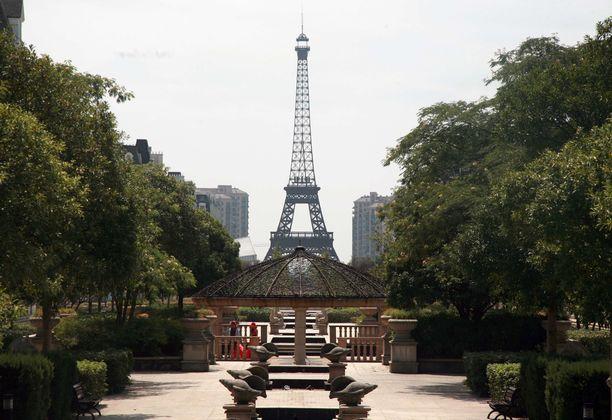 Hangzhoussa ei ole kopioitu pelkkää Eiffel-tornia vaan muutakin Pariisia.