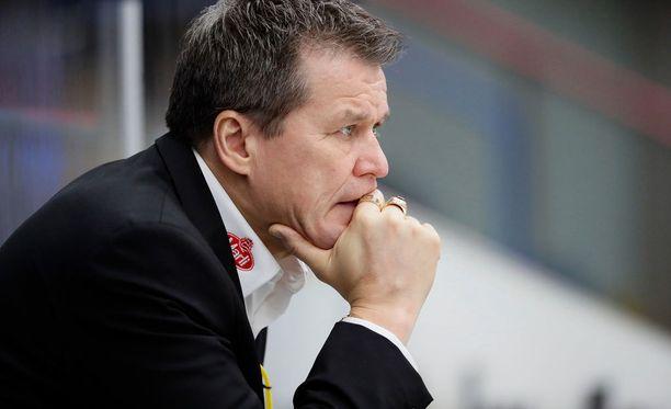 Kärpät-valmentaja Kai Suikkasen sai hyökkääjävahvistuksen.