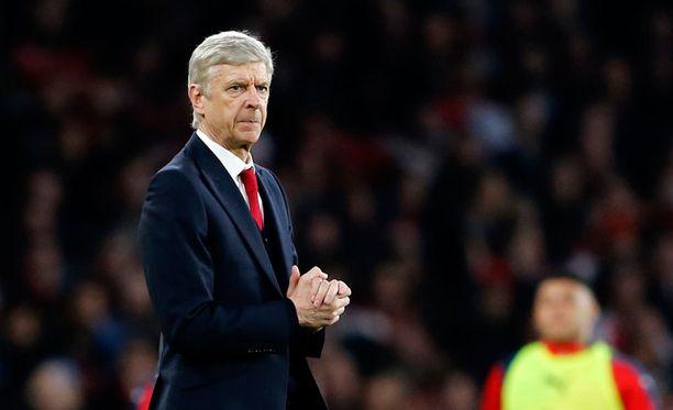 Arsène Wengerin Arsenalilla on haastava vastustaja.