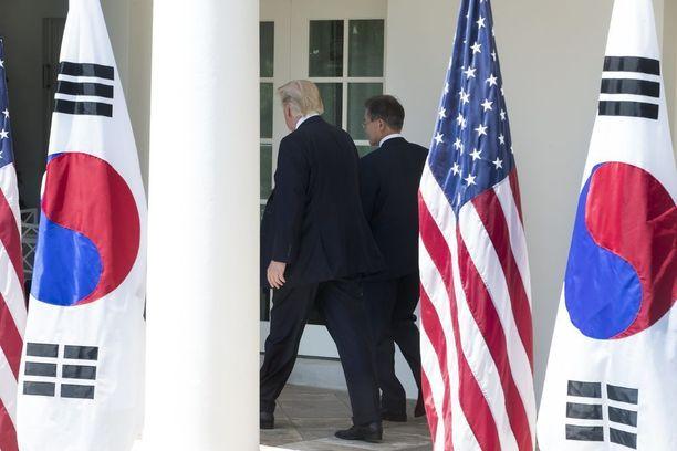Yhdysvaltojen presidentti Trump ja Etelä-Korean presidentti Moon tapasivat Yhdysvalloissa kesäkuussa.