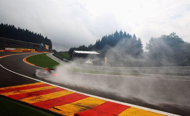 F1-autot kulkevat lujaa, mutta voisivat kulkea vieläkin lujempaa.