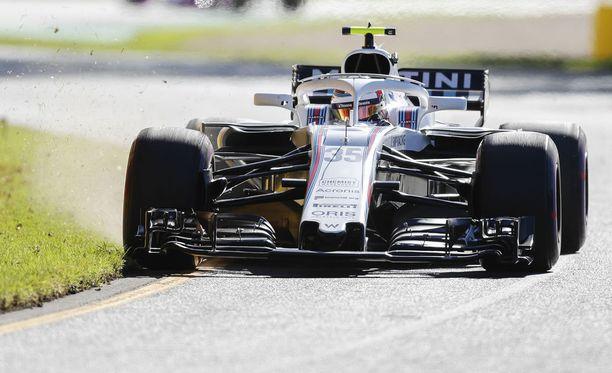 Sergei Sirotkin pääsi ajamaan F1-debyytissään vain neljä täyttä kierrosta.