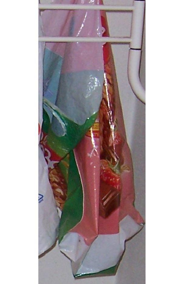 Muovikassin alkuperä on toistaiseksi varmistamaton.