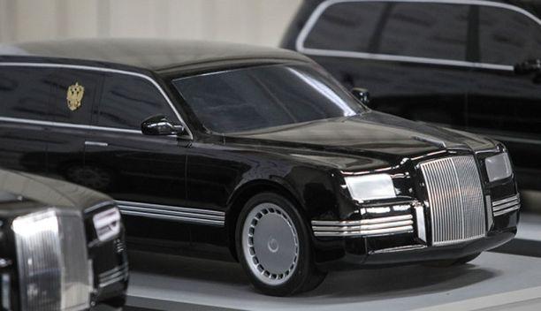 Venäjän kauppa- ja teollisuusministeriö järjesti hiljattain tilaisuuden, jossa esiteltiin uusia prototyyppejä, joissa venäläisvalmistajat ovat mukana. Kuvassa presidentin edustusautoksi suunniteltu limusiinimalli.