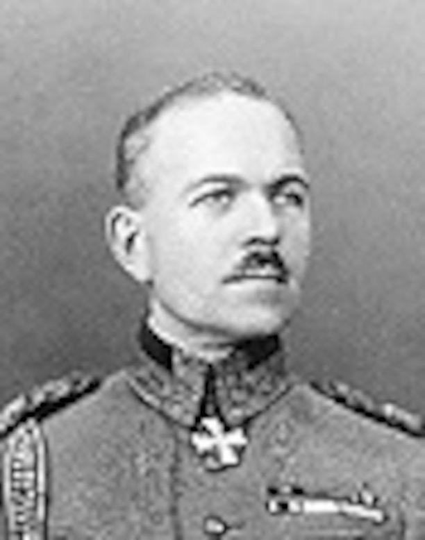 Kenraaliluutnantti Lennart Oesch toimi ministerinä vuonna 1932 vain 12 päivän ajan.