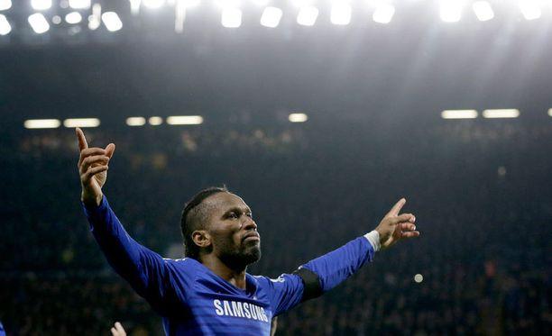 Legenda Didier Drogba ratkoo pelejä aina vain.