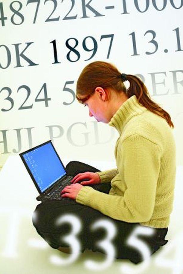 Tunnuslukujen, salasanojen ja arkielämän välttämättömien koodien muistamista voi helpottaa.