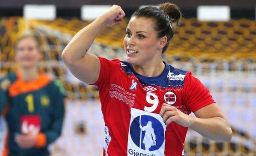 Nora Mörk taistelee tällä hetkellä Norjan värien puolesta käsipallon MM-kisoissa, mutta käy samaan aikaan toisenlaista taistelua pelikentän ulkopuolella.