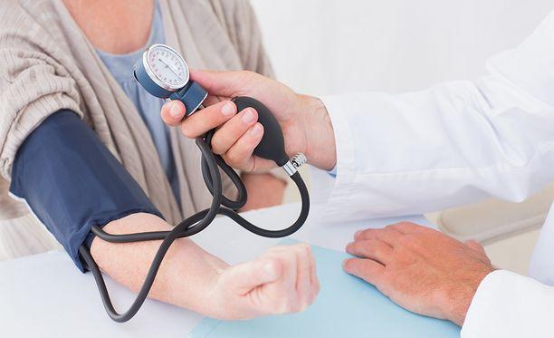 Riski sairastua dementiaan oli tulosten perusteella suurempi osallistujilla, joiden verenpainemittauksissa oli suuria vaihteluita.