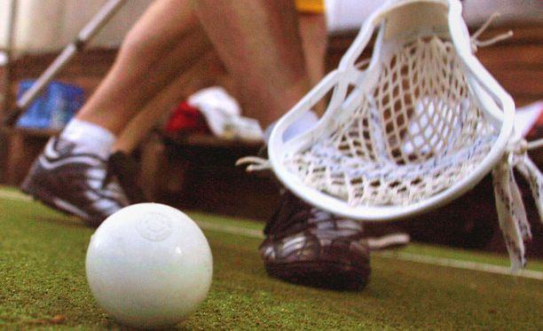 Haavipallo on fyysinen laji, jossa tunteet toisinaan kuumenevat.