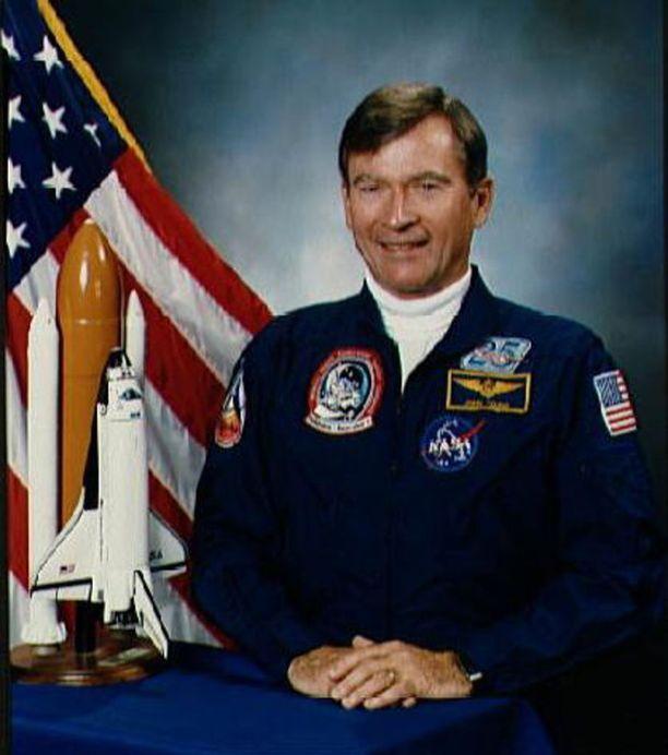 87-vuotiaana kuollut John Young oli yksi Yhdysvaltain arvostetuimpia astronautteja.