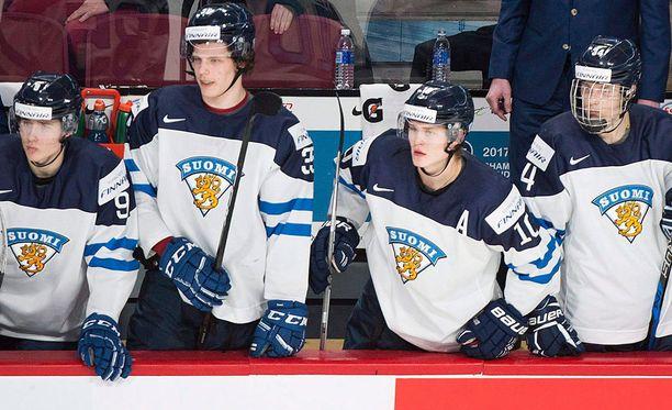 Suomi peittosi Sveitsin uuden päävalmentajansa johdolla ilman suurempia ongelmia.